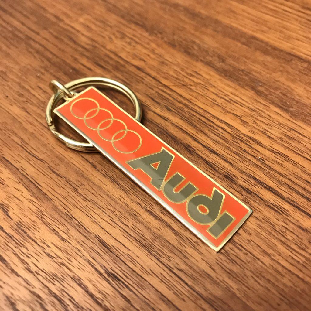 アウディ Audi 旧ロゴキーホルダー