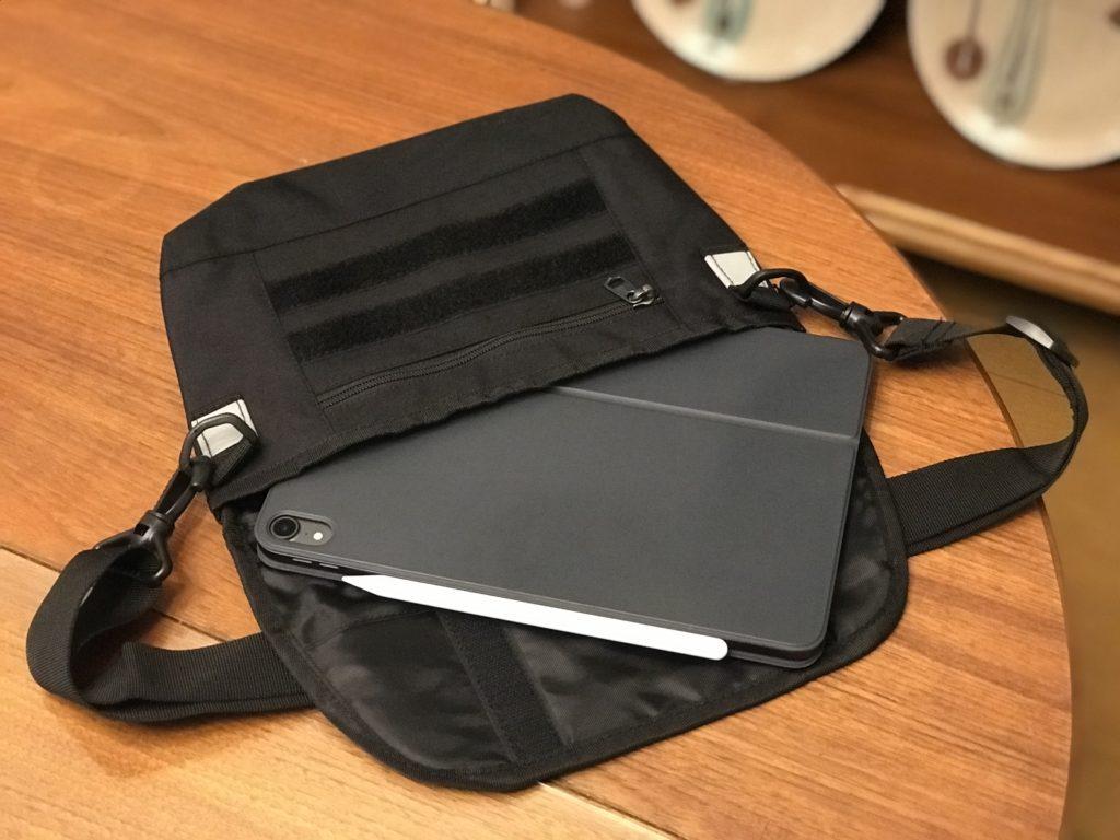 ワークマンショルダーバッグ iPad Pro 11インチも入るサイズ感