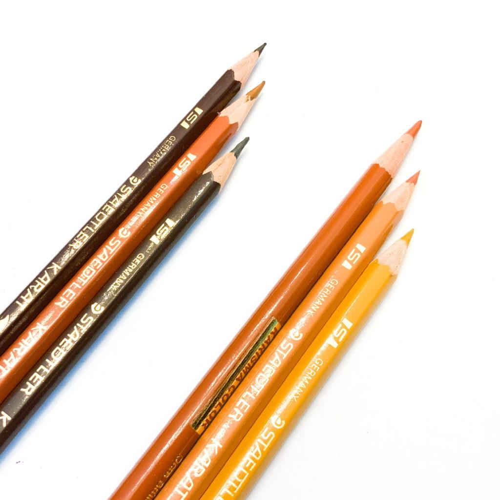 木製家具の傷と色の補修:使った色鉛筆